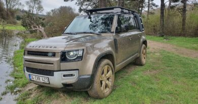 PRENS: LAND ROVER DEFENDER